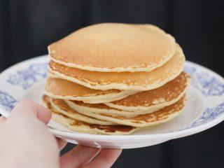 Φτιάξτε νόστιμα και εύκολα pancakes