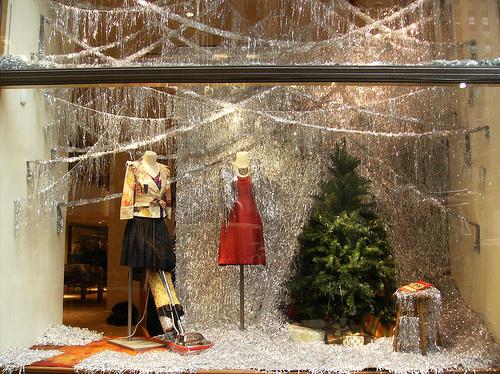 Χριστουγεννιάτικες βιτρίνες από το εμπορικό κέντρο Rockefeller - Ας δούμε μερικές χριστουγεννιάτικες βιτρίνες για να εμπνευστούμε