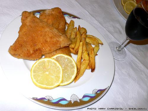 Ρίνα τηγανιτή - Ένα νοστιμότατο ψάρι που θα κάνει ακόμα και τους ορκισμένους εχθρούς των ψαριών να αλλάξουν γνώμη!