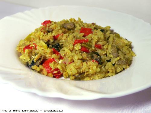 Ριζότο με σόγια και λαχανικά - Ένα γευστικότατο κινέζικο ριζότο με σόγια, λαχανικά, μανιτάρια και αυγό.