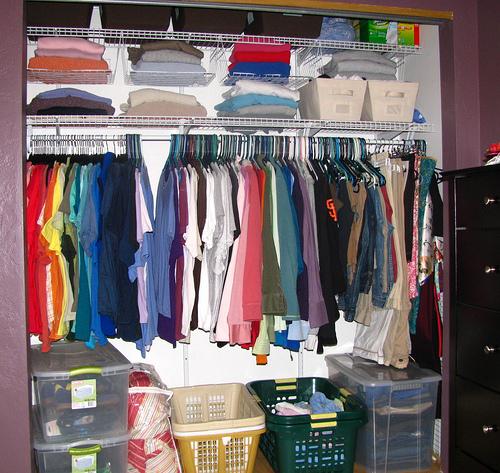 closet Οργανώστε τη ντουλάπα σας για το χειμώνα