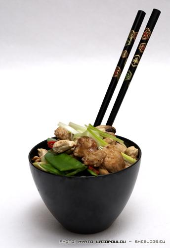Γαλοπούλα stir fry με μανιτάρια και κάσιους (κινέζικο) - Το καταπληκτικό με τα stir fries είναι η ταχύτητα με την οποία μπορούμε να τα ετοιμάσουμε