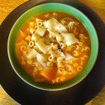 Πικάντικη σούπα μινεστρόνε με λαχανικά