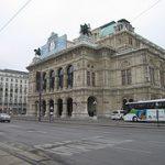 Γλύκανε η Όπερα της Βιέννης!