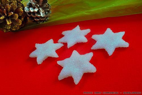 Αστεράκια ζάχαρης για τα χριστουγεννιάτικα γλυκά σας - Πάμε να φτιάξουμε πανέμορφα αστεράκια ζάχαρης για τις χρστουγεννιάτικες τούρτες μας