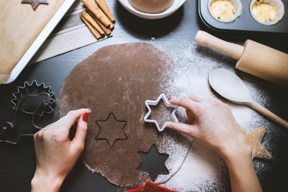 Λίστα υλικών για Χριστουγεννιάτικα Γλυκά