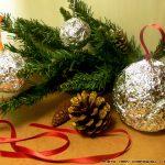 Φτιάξτε χριστουγεννιάτικα στολίδια με αλουμινόχαρτο!