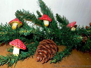 Φτιαχνουμε μανιτάρια αλατοζύμης για το Χριστουγεννιάτικο δέντρο