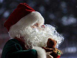 Γιατί ασχολούμαστε με τα Χριστούγεννα από το Νοέμβρη;