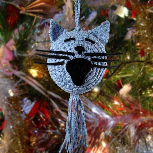Στολίδια για το χριστουγεννιάτικο δέντρο με βελονάκι! - Εάν θέλεις ένα διαφορετικό χριστουγεννιάτικο δέντρο, το μόνο που χρειάζεσαι είναι νήμα και ένα βελονάκι.