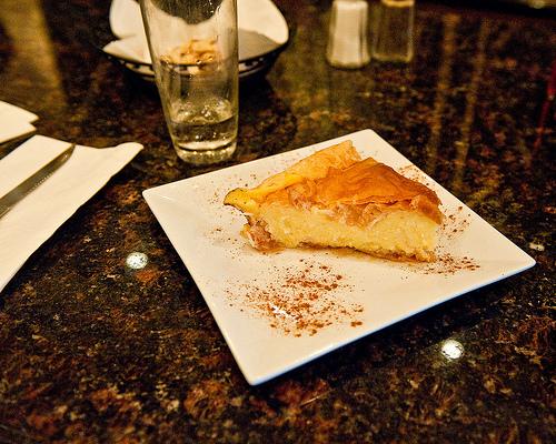 Το γαλακτομπούρεκο της Αγγελικής - Η παραδοσιακή συνταγή για γαλακτομπούρεκο με μυστικά από ζαχαροπλάστη. Και είναι πανεύκολο!
