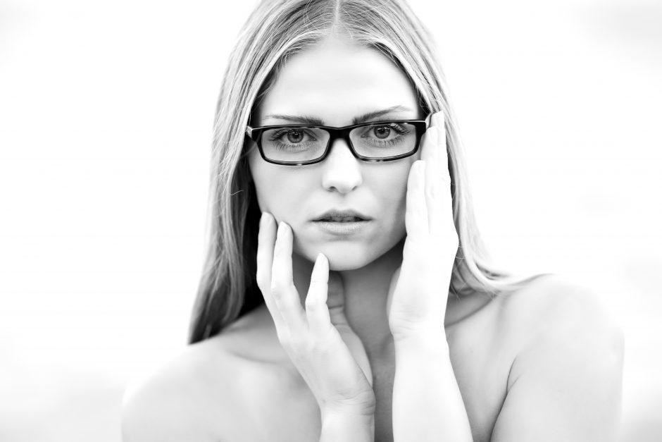Τί τύπο δέρματος έχω και τί περιποίηση χρειάζεται; - Αποφάσισες να φροντίσεις το πρόσωπό σου και σε έχουν θαμπώσει όλα αυτά τα προϊόντα περιποίησης; Μάθε τί σημαίνει ο κάθε τύπος δέρματος και τί πραγματικά χρειάζεσαι.