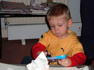Το παιδί και το ψαλίδι