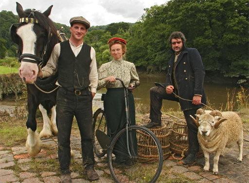Victorian Farm και Edwardian Farm - Πάμε ένα ταξίδι στο παρελθόν για να δούμε τη ζωή των αγροτών της Aγγλίας πριν από 100+ χρόνια και να δούμε τεχνικές και εργαλεία ξεχασμένα