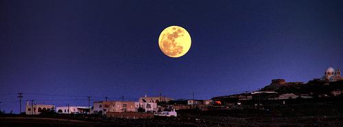 Πότε έχουμε Πανσέληνο και πότε Νέο Φεγγάρι το 2011 - Αν και το δικό σας ημερολόγιο δε τα αναφέρει, σημειώστε τις μέρες για να μη χάνετε την Πανσέληνο