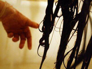 Πώς να βάψεις τα μαλλιά σου χωρίς βαφές