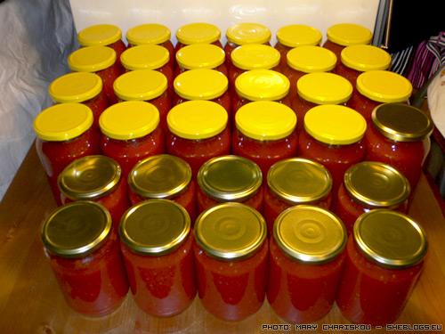 Σαλτσομετρητής 2011 - Φτιάχνετε σπιτική σάλτσα σε βάζα για το χειμώνα; Πείτε μας πόσα βάζα και πόσα λίτρα κάνατε για να βγάλουμε τη σούμα του 2011