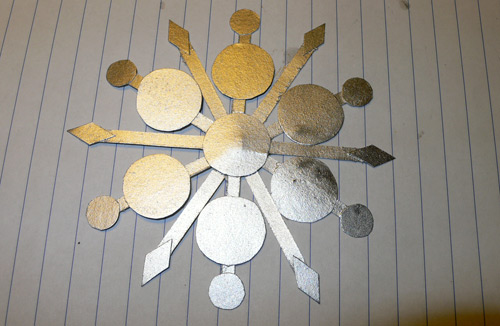 snowflake6 Χιονονιφάδες με χαρτί και χρυσόσκονες