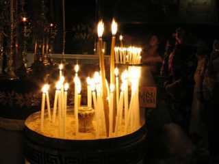 Ανακυκλώνουμε παλιά κεριά για να φτιάξουμε νέα κεριά