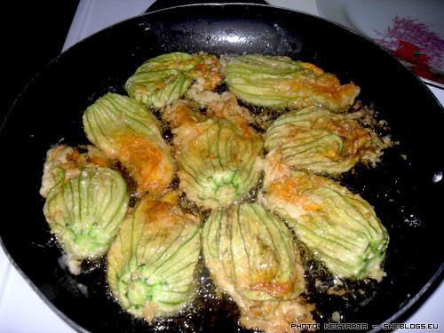 kolokythoanthoi 4 Κολοκυθοανθοί τηγανίτες