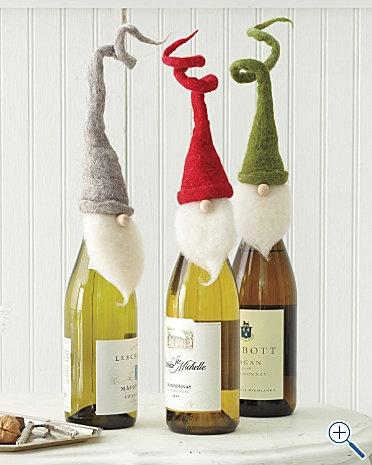 Στολίστε τα μπουκάλια που θα κάνετε δώρο στις γιορτές - Μια πολύ πρωτότυπη και όμορφη χειροποίητη και γιορτινή διακόσμηση για τα μπουκάλια κρασιού ή σαμπάνιας που θα χαρίσετε σε φίλους στις γιορτινές επισκέψεις