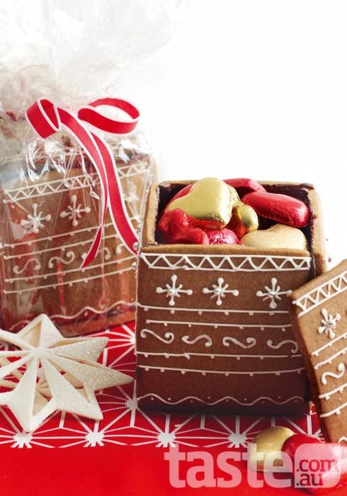 Φτιάξε κουτί για κουλουράκια από κουλουράκια - Συλλέγουμε μόνο τις πιο όμορφες χριστουγεννιάτικες ιδέες κι αυτή μας τράβηξε την προσοχή αμέσως γιατί είναι τέλεια ιδέα για σπιτικό δωράκι