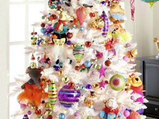 Λευκά Χριστουγεννιάτικα Δέντρα