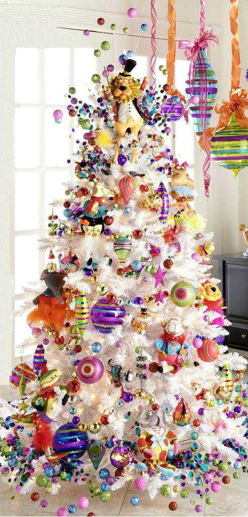 Λευκά Χριστουγεννιάτικα Δέντρα - Αλλοι τα αγαπούν, άλλοι τα μισούν, πολλές φορές όμως  είναι άκρως εντυπωσιακά και πολύχρωμα, δείτε μερικά πανέμορφα λευκά χριστουγεννιάτικα δέντρα